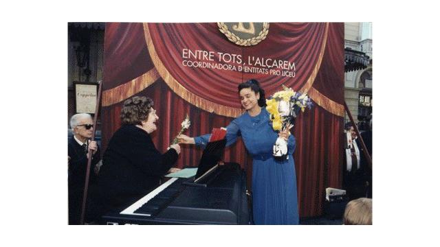 Pilar Rodríguez Soprano-Poetisa-Concertista