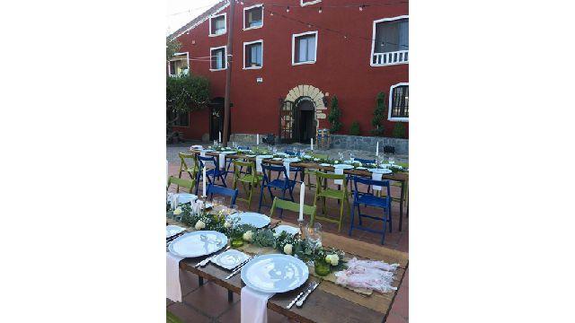 L'Embolic Restaurant