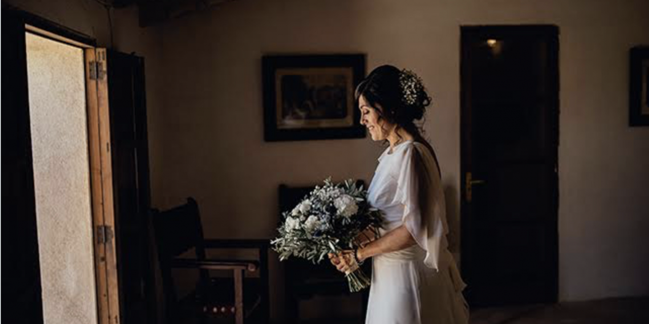 Vesteix el teu casament amb les flors de l'Horta de la Viola