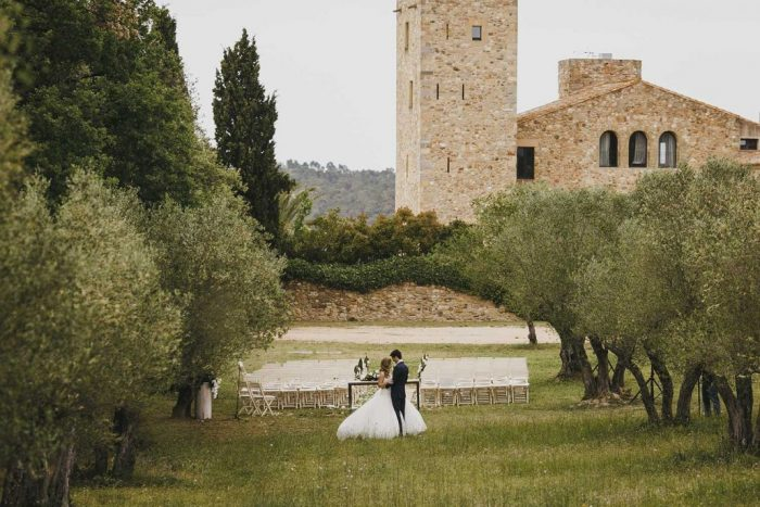 Wedding-at-Castell-Demporda-1030x687-700x467