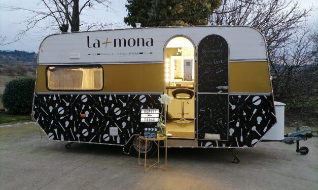 La més mona by Aina